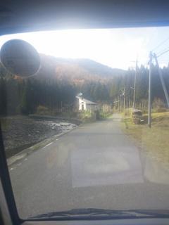 やぎ受け取り 山道1.jpg